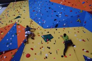 centre-sportif-mur-escalade3