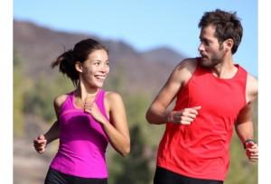 Couple-4-bonnes-raisons-de-faire-du-sport-a-deux_exact441x300