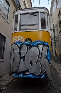 lisbonne-street-art-1974-5
