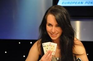 poker-femme-paire