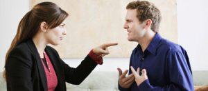 couple-dispute-debat