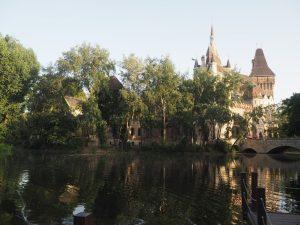 chateau-budapest-parc