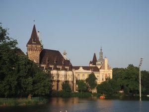 chateau-budapest-parc_2