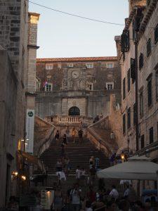 dubrovnik_croatie_escalier