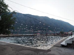 piscine_mer_kotor_montenegro