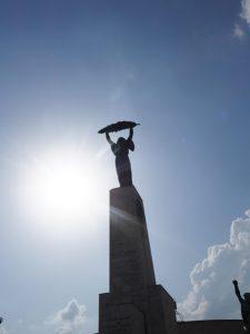 statue-liberte-budapest