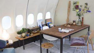 airbnb_avion