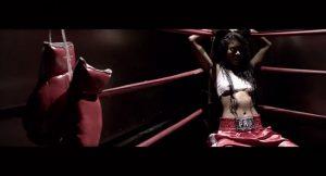 en-cours-mila-j-veut-en-da-coudre-sur-un-ring-de-boxe-videoclip-649
