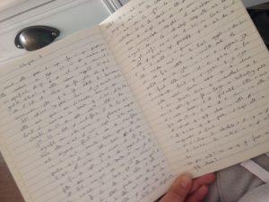 écrire dans le métro, cahier d'écriture, j'ai commencé à écrire