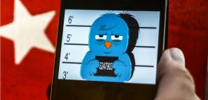 Oiseau Twitter en garde à vue mug shot sur mobile