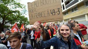 Manifestations contre la loi travail et l'utilisation du 49-3 en France