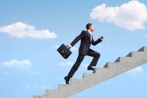 gravir les échelons de la réussite