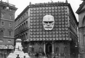 Mussolini Si
