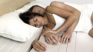 dormir à deux, matelas spécial
