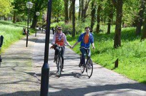 Idée d' activités à deux : le vélo