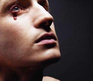 Un homme qui pleure
