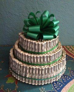 Gâteau en billet de banque