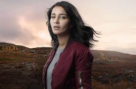 Leila Bekhti dans jour polaire