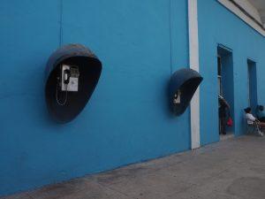 Cabines téléphoniques à Cienfuegos