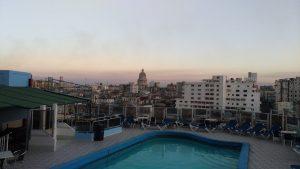 Piscine de la Havane au couchant