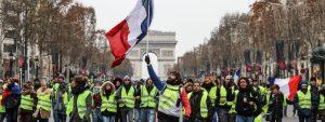 Les gilets jaunes sur les Champs Elysées